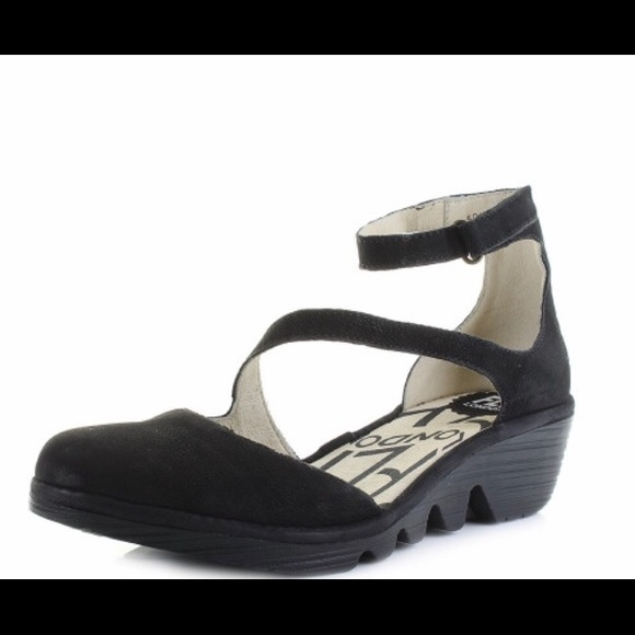 Womens Fly Plan Cupido Black Cupido Leather  Ankle Strap Sandals Sz Size